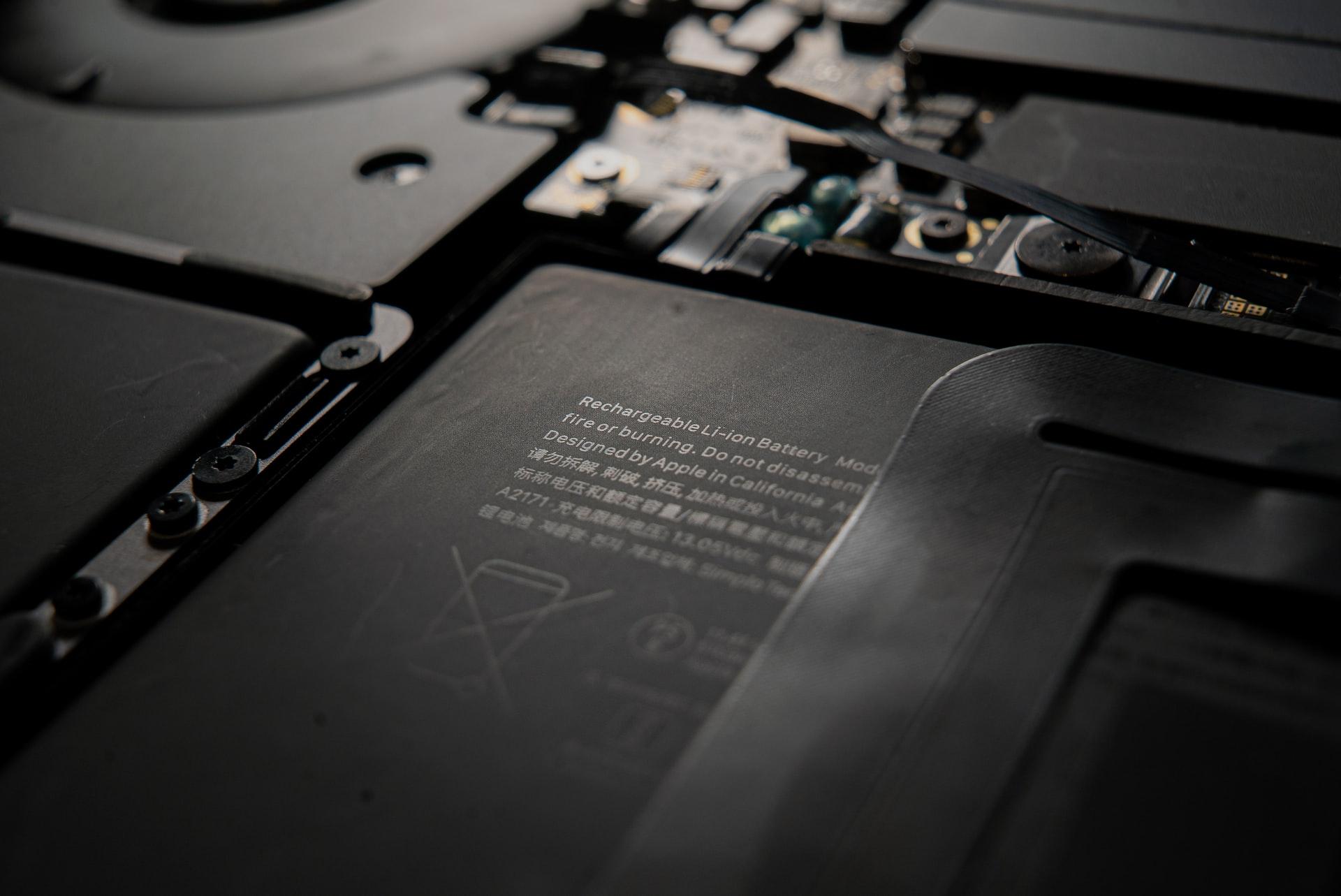 Когда следует заменить аккумулятор ноутбука?